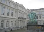 curte interioara muzeele regale