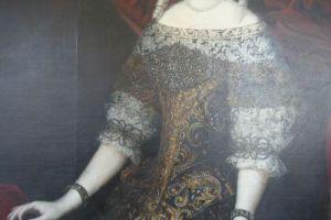 diamantele de pe rochia contesei