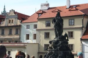 grup statuar podul carol